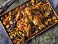 Цяло пиле с червени картофи, брюкселско зеле и моркови на фурна